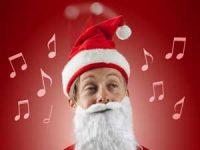 Syngende og dansende julenisselue Image