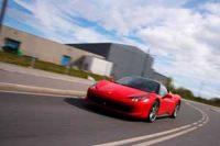 Kjør Ferrari 458 på gata - Opplevelsesgave Image