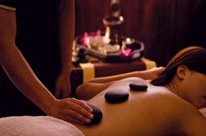 Hot Stone massasje hos Wellmed - Opplevelsesgave Image